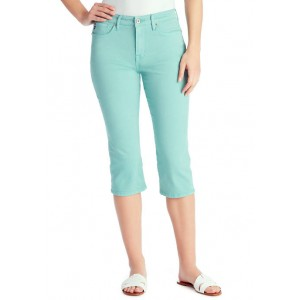 Chaps Mid Rise Capris in Average Length