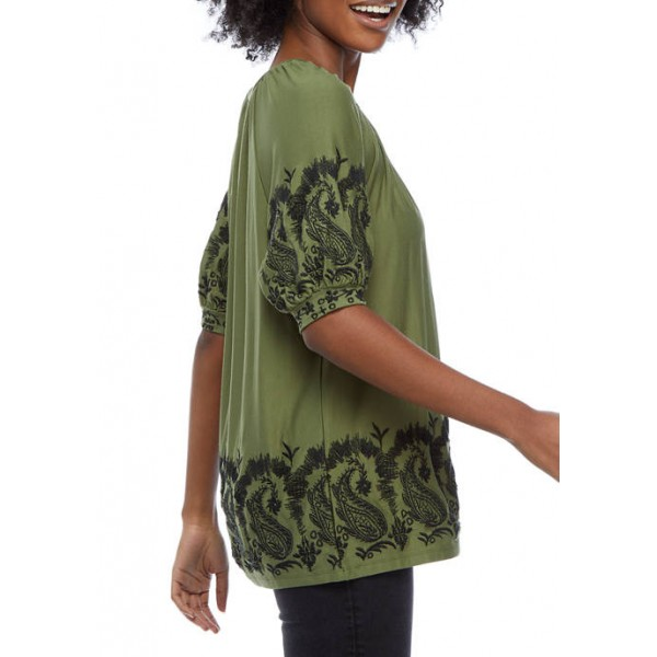 Cupio Women's Embroidered Short Puff Sleeve Top
